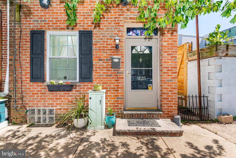 1125 E Moyamensing Avenue Philadelphia, PA 19147