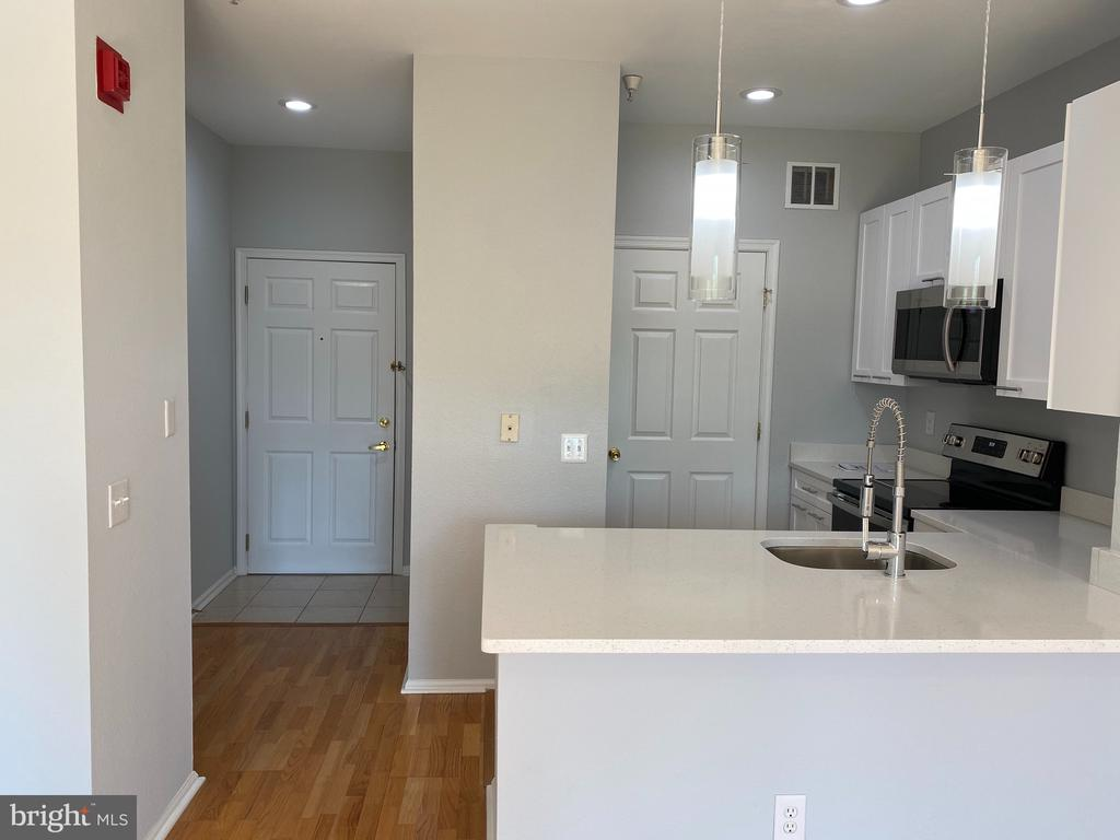 Photo of 1601 Spring Gate Dr #1216
