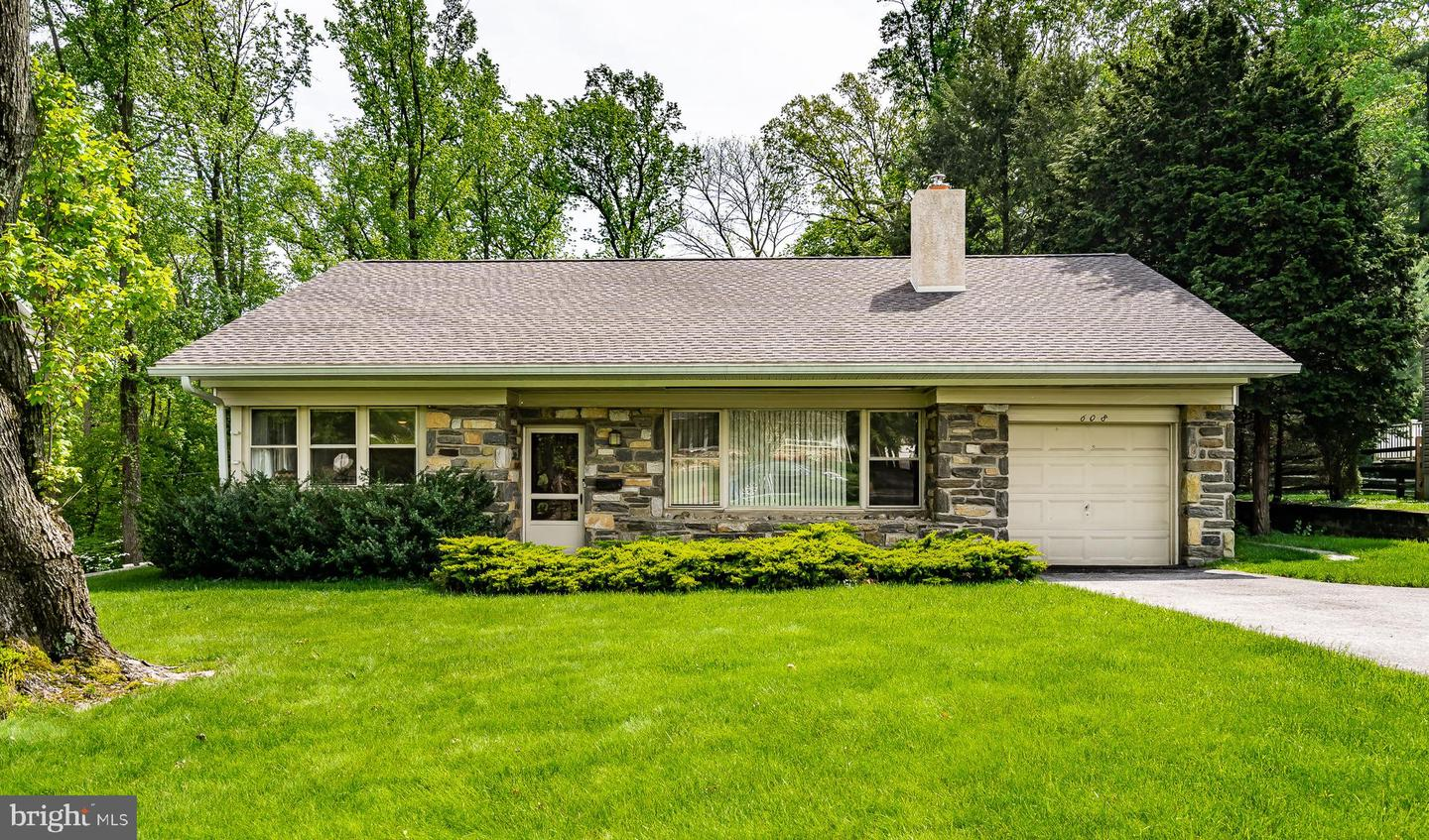 608 Rose Hill Road Broomall, PA 19008