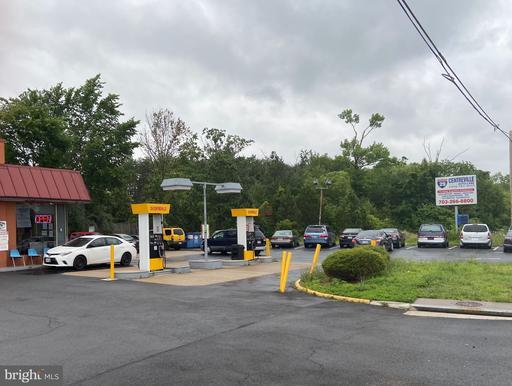 13600 Lee Hwy Centreville VA 20120