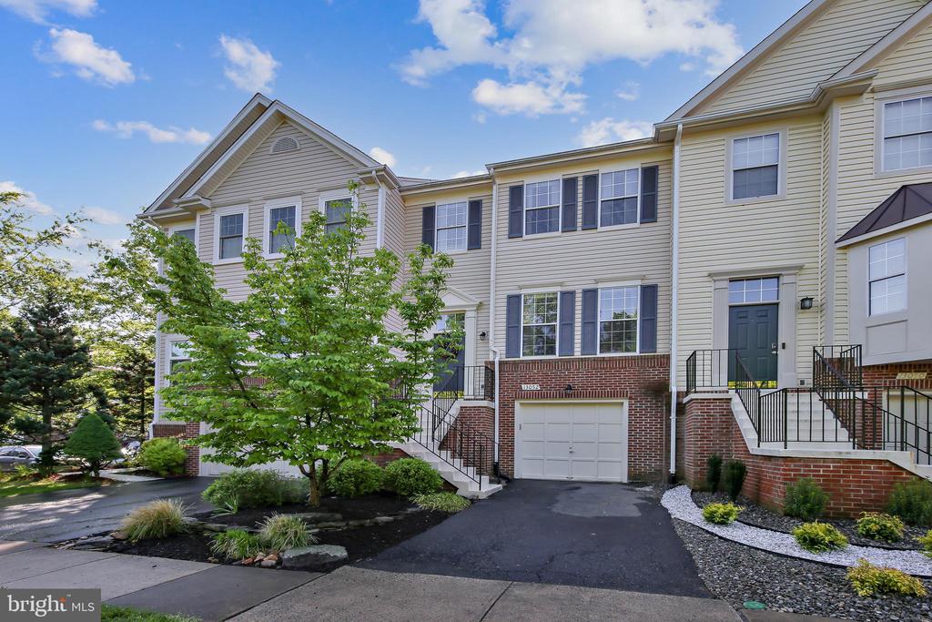 13052 Cobble Ln, Clifton, VA 20124
