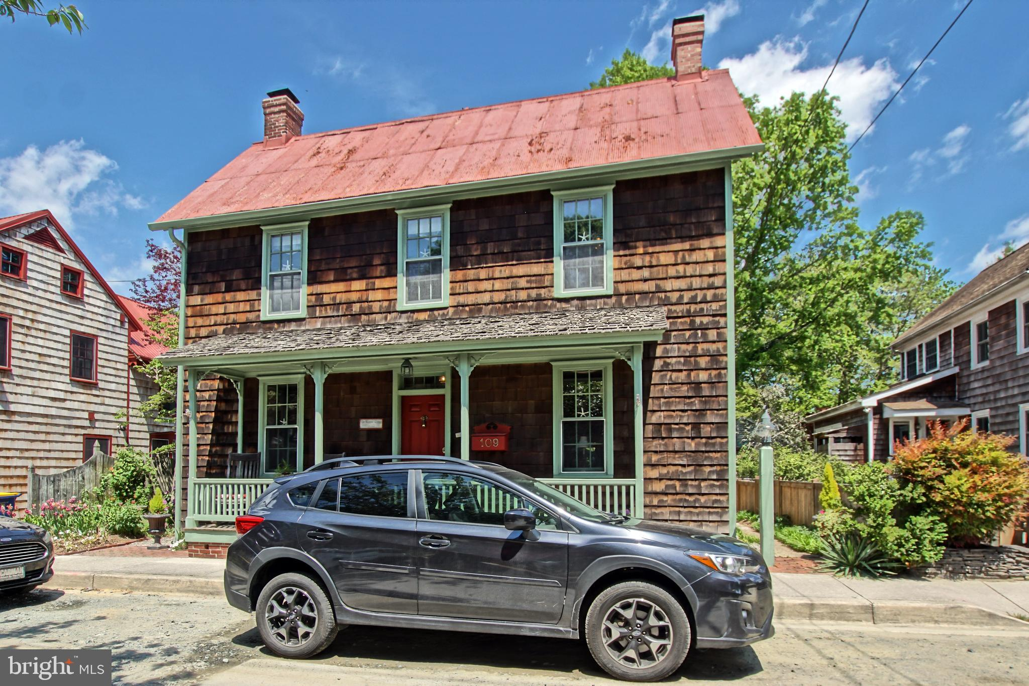 CHARM, CRAFTSMANSHIP, LOCATION! Conveniently located in Historic Lewes within walking distance of shops, restaurants and beach. Built in 1882, retains antique charm while being totally updated. First-rate craftsmanship throughout. Beautifully mature landscaping with 750 sqft carriage house.