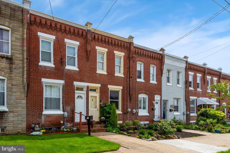548 W High Street Phoenixville, PA 19460