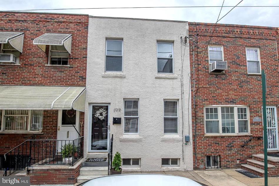 209 Sigel Street Philadelphia, PA 19148