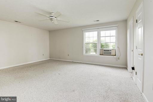 219 Canyon Rd, Winchester 22602