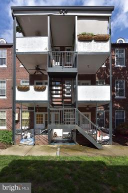 400 Commonwealth Ave #306, Alexandria 22301