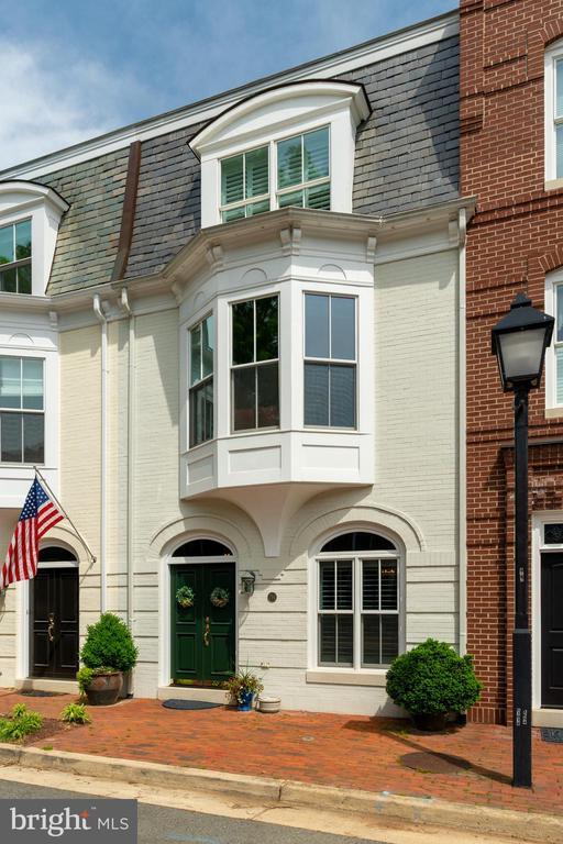 714 Potomac St, Alexandria, VA 22314