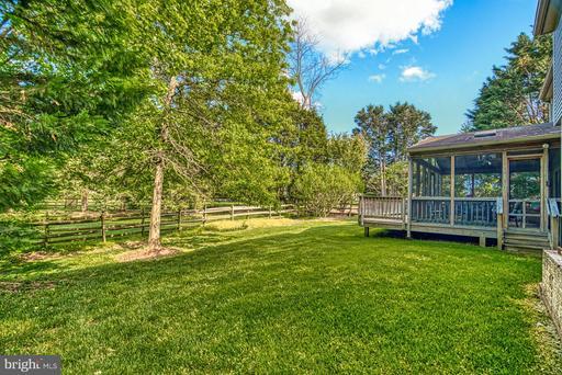 5363 Sequoia Farms Dr Centreville VA 20120
