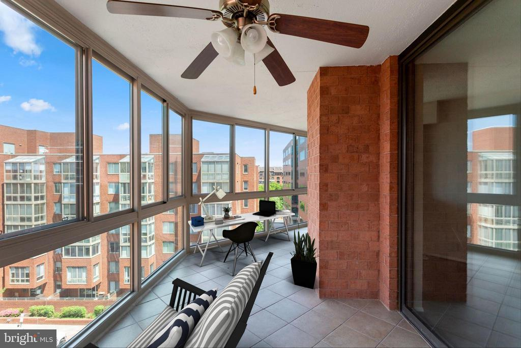 Photo of 1001 N Vermont St #710