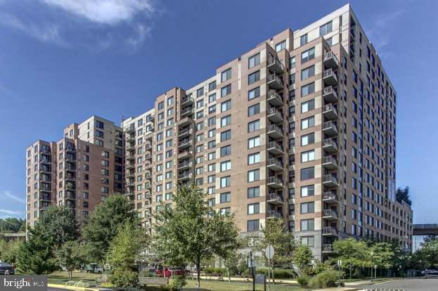 Photo of 2451 Midtown Ave #503