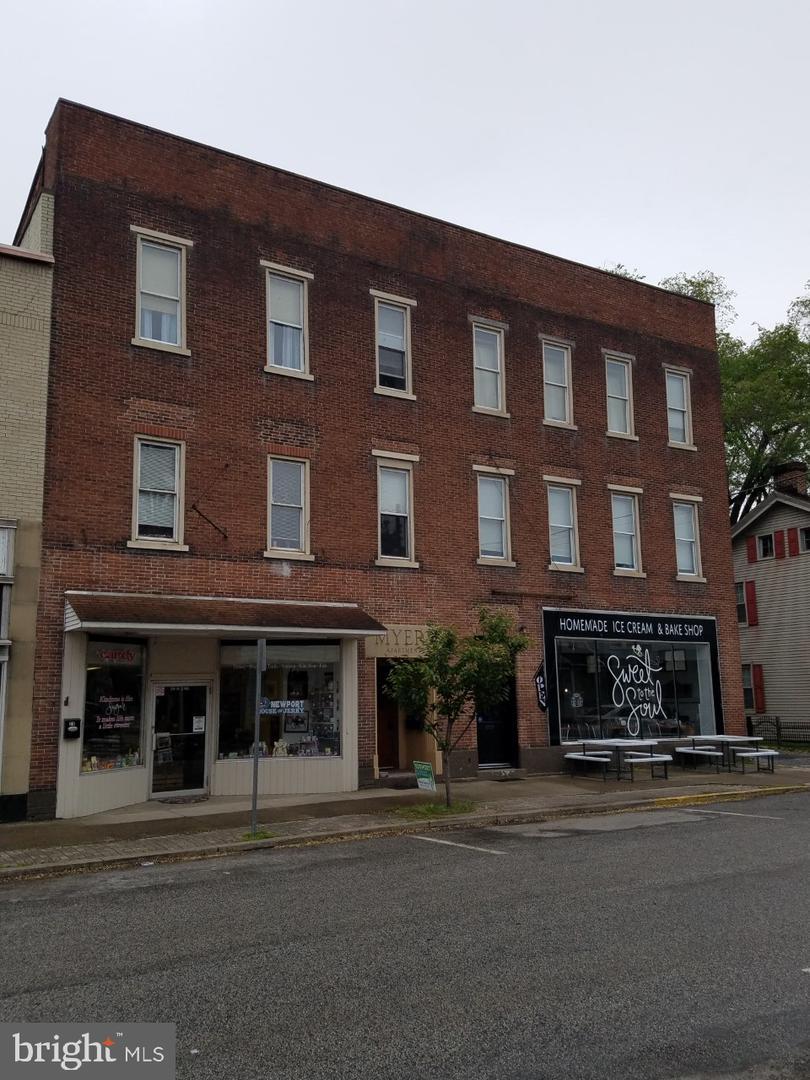 29 N 2nd Street Newport, PA 17074