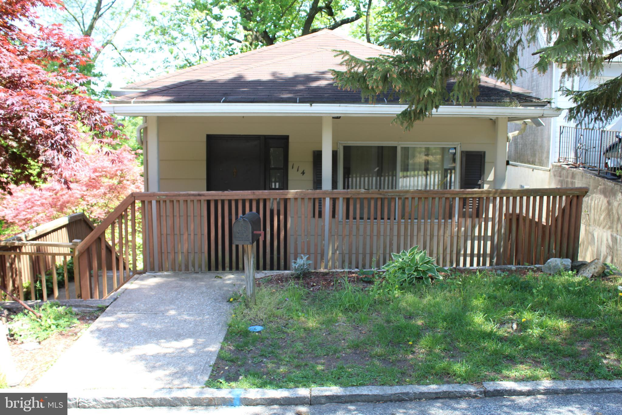 THIS IS AN AS-IS SALE, AND BUYERS SHOULD DUE THEIR DUE DILIGENCE PRIOR TO SUBMITTING AN OFFER.  ALL OFFERS ARE DUE BY 3:00PM, SATURDAY 5/15/21.  Single home in need of updating, in scenic Belmont Hills.  Enter from the front porch, into the living room, with kitchen to the right.  To the rear we have a full bath, and one bedroom.  On the lower level, we have two bedrooms, a large family room that could be converted to another bedroom, and laundry.  The basement is unfinished, but has an exit to the side.  On the side and rear, we have a spacious deck.  NOTE:  The chandelier at the top of the stairs is not included in the sale.  Washer/Dryer/Refrigerator are included in the sale.
