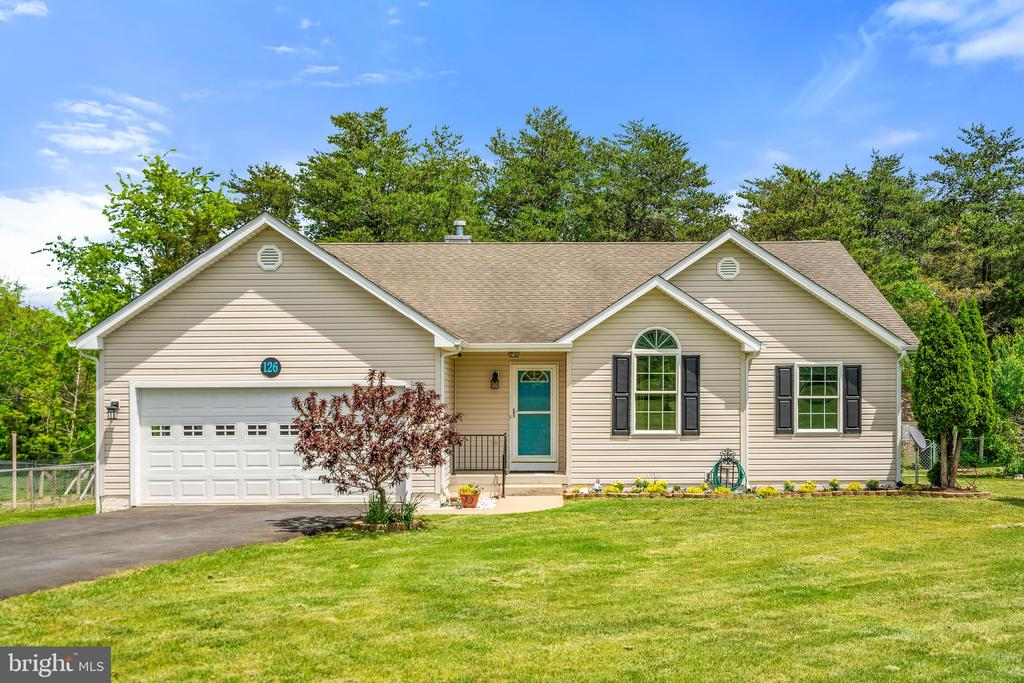 126 Fox Chase Dr