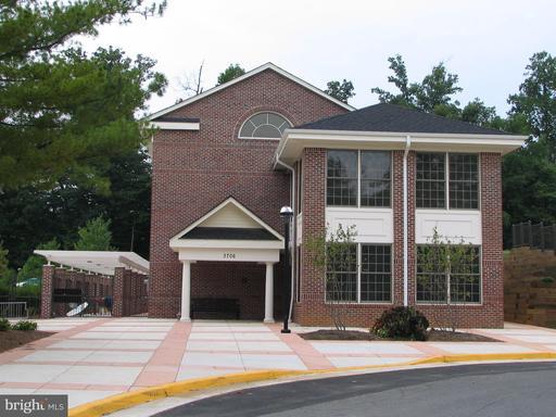 3951 Valley Ridge Dr Fairfax VA 22033