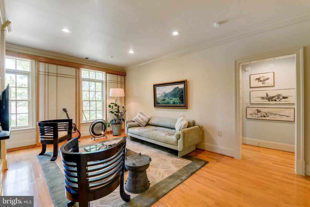 Photo of 600 Second St #203