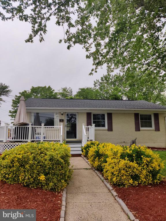 Don't miss a wonderful opportunity of a home. Home is feature complete and resides in a great area within Manassas, Home features a well maintained landscape and backyard, House features spacious bedrooms and a basement.  Be mindful of Tenants and follow COVID-19 Guidelines.