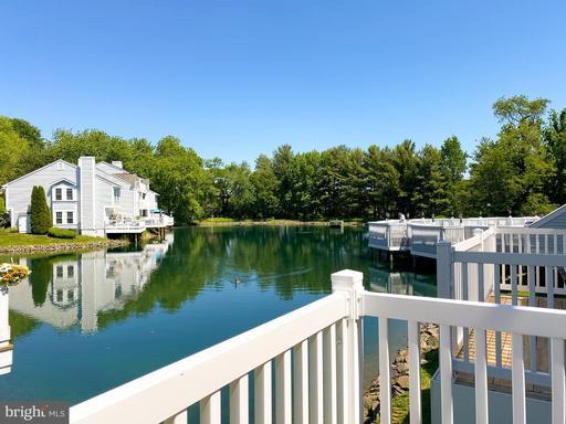 3322 Lakeside View Dr #3-3