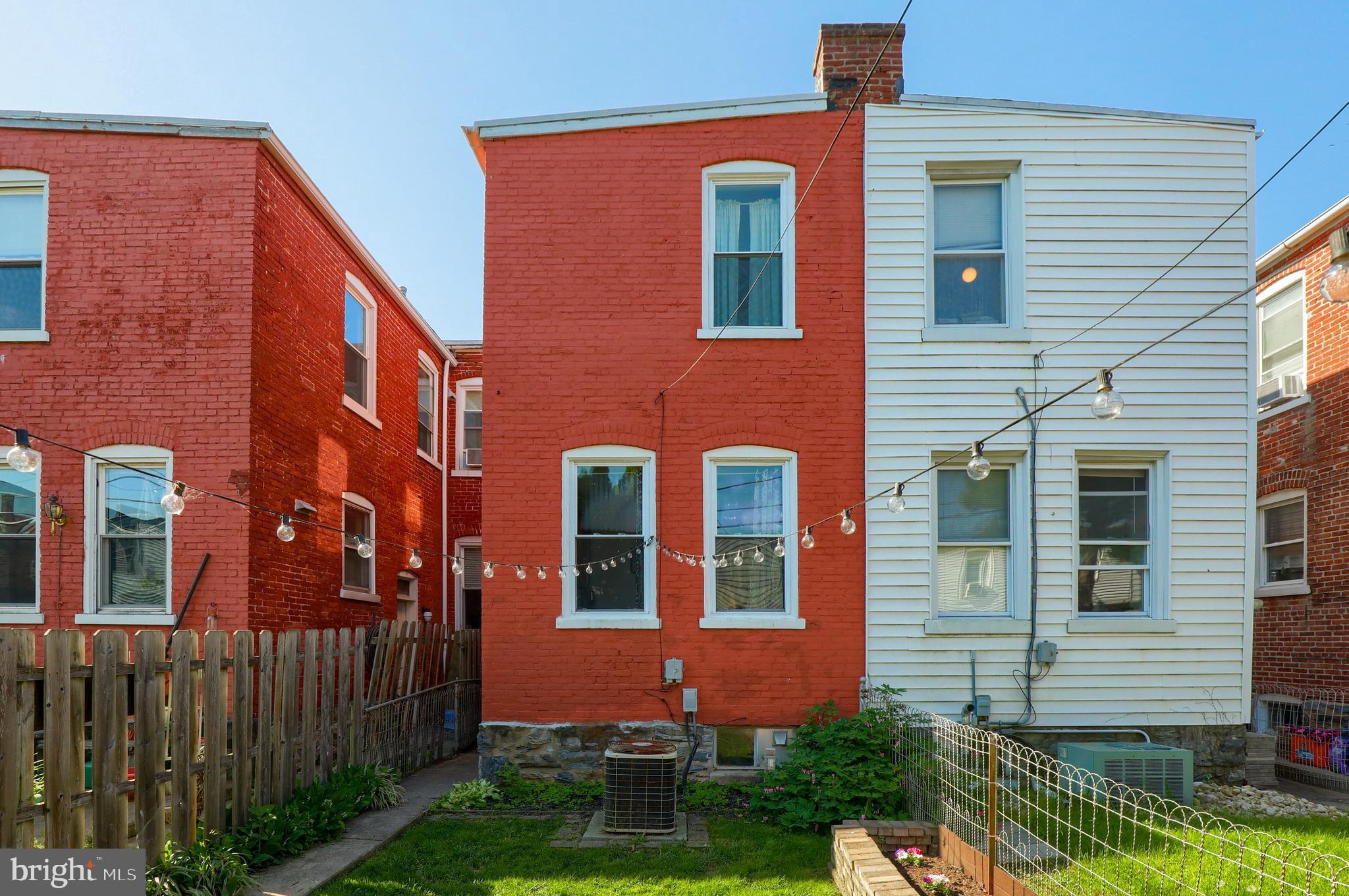 317 E Ross Street