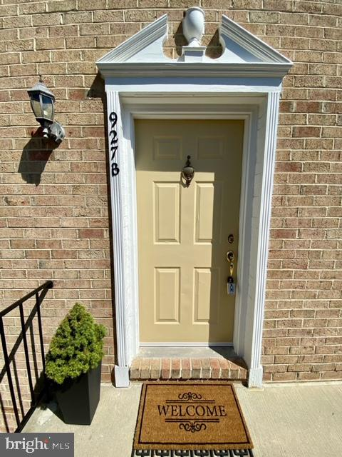 927 S Rolfe St #2, Arlington, VA 22204