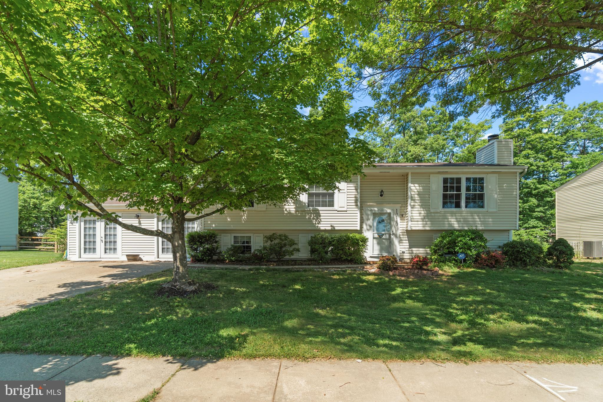 1710 Whitewood Ln, Herndon, VA, 20170