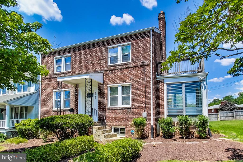 Open house Sunday, May 23 1-3 pm. Everything is just right in this 4 bedroom/3 bath house in HOT Woodridge neighborhood. Entertain in the property's huge 8,000 square lot.  Inside you will find hardwood floors, four large bedrooms (fifth can be used as an office or guest room ) 3 full baths, CAC, Fireplace, glass side porch.  Host dinners in the spacious dining room.  The kitchen is updated with granite and stainless steel.   Sit outside the balcony off the master bedroom and enjoy great views. The basement is finished with a large walk-in closet and full bath. Also enjoy the backyard from the glass enclosed porch on the main floor.  Park your car in the detached garage in the rear of the property.