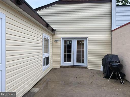 6029 Wealdstone Ct Centreville VA 20120