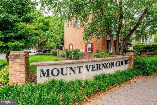 3298 Mount Vernon Ave Alexandria VA 22305