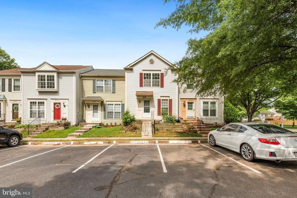 6500 Old Carriage Ln