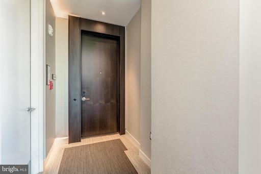 1650 Silver Hill Dr #2507, McLean 22102