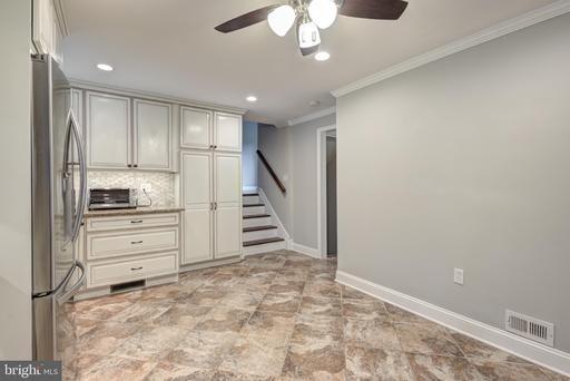 4613 Twinbrook Rd Fairfax VA 22032