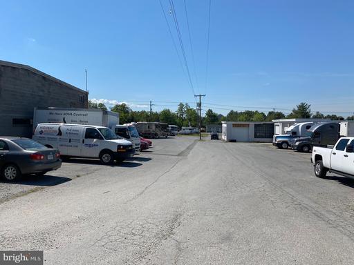 625 W Main St Purcellville VA 20132