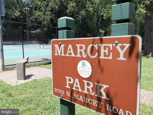 2610 Marcey Rd Arlington VA 22207