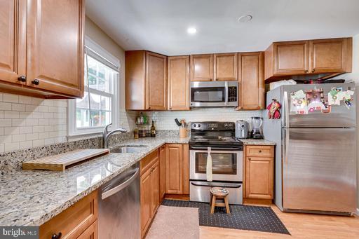 15324 Blueridge View Dr Centreville VA 20120