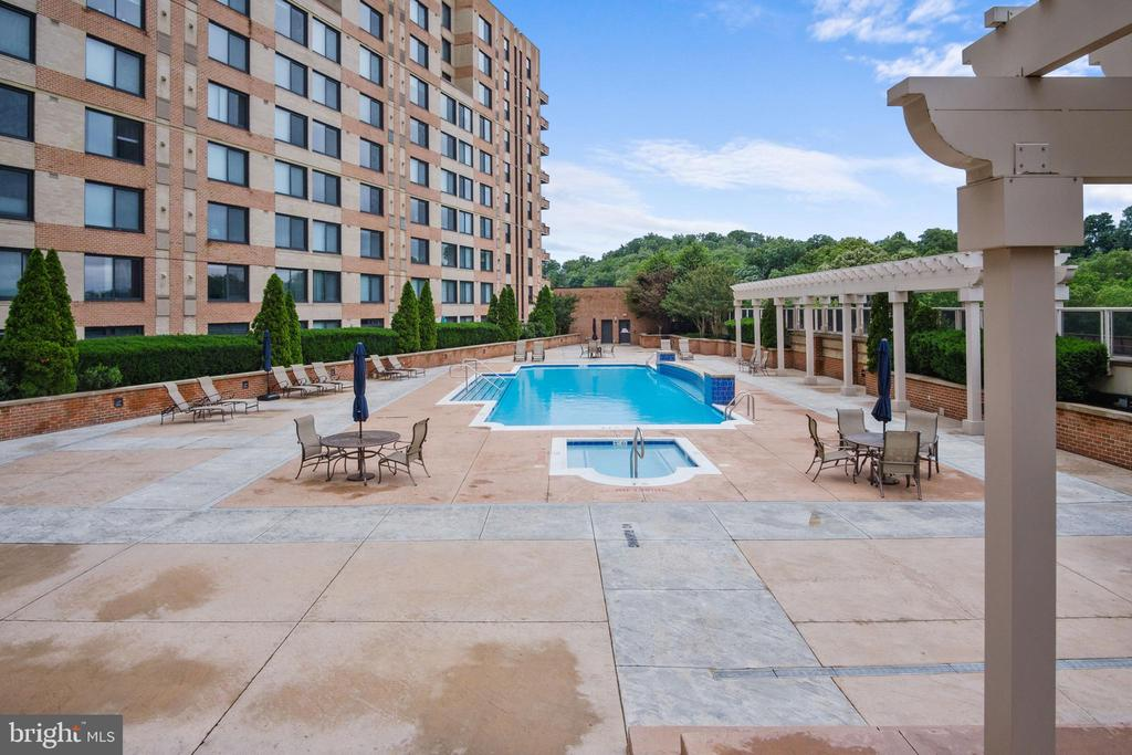 Photo of 2451 Midtown Ave #1122