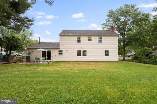 4138 Meadow Hill Ln Fairfax VA 22033