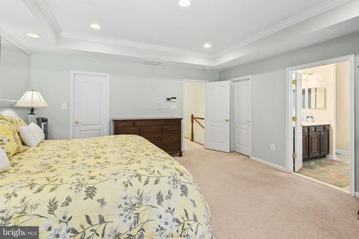 12608 Buckleys Gate Dr Fairfax VA 22030