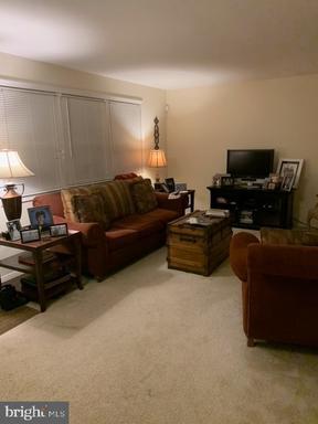 4216 Linden St Fairfax VA 22030