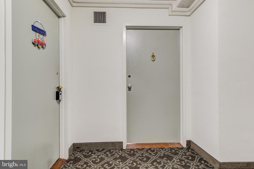 Photo of 6621 Wakefield Dr #401