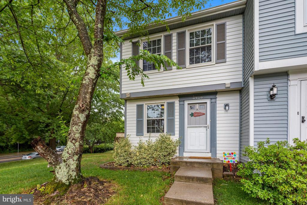 8416 Cacapon Ct