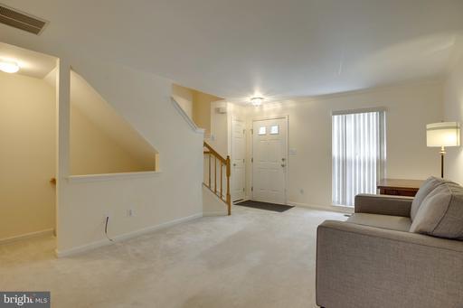 14146 Asher Vw Centreville VA 20121