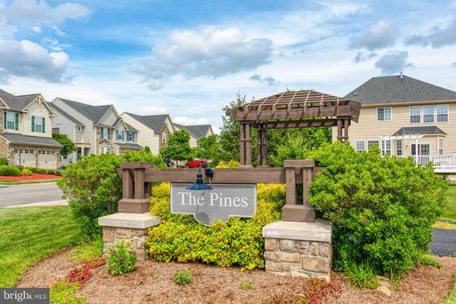 42262 Sand Pine Pl Chantilly VA 20152