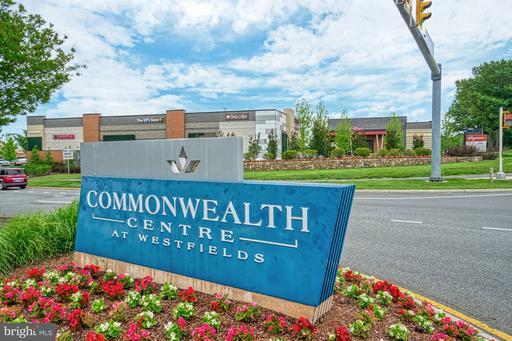 5620 Schoolfield Ct Centreville VA 20120