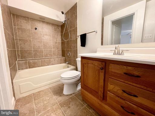 5919 Havener House Way Centreville VA 20120