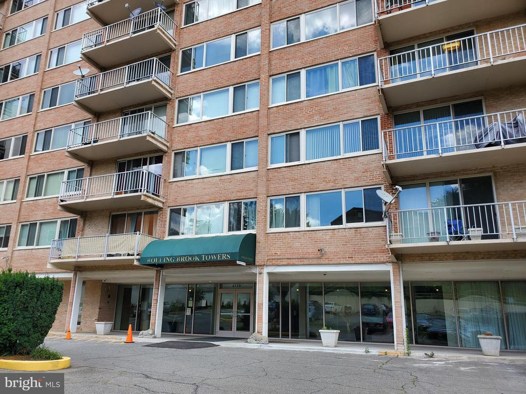 Photo of 4520 King St #209