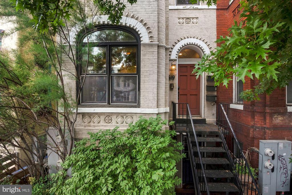 NEW LOW PRICE for 2bed condo with parking in SHAW. Lovely Shaw condo living w/ parking! 2 bed 1 full and 1/2 bath, very bright with many windows, open floor plan, 1 car parking, lovely neighborhood, tree lined street and city life. 2019 Carrier HVAC, new kitchen electrical heavy up, new dishwasher in 2019, new LG refrigerator 2020, Google Nest Home 2020 ready access control, intrusion detection, smoke/carbon dioxide, climate control, and camera system. This system can be managed from anywhere. New paint and more! Kitchen connects to dining/living room, LARGE 700 sqf space, 2 bedroom 2 bath. Light-filled spacious rooms & large private back alley parking. Gorgeous new floors, ample closet space throughout. Washer and dryer in unit. Located in the popular Shaw community near everything, steps away from metro, Restaurants, Grocery stores, Shopping and More.
