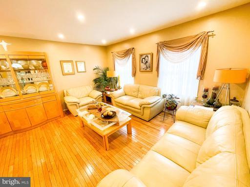 3010 Hickory Grove Ct Fairfax VA 22031