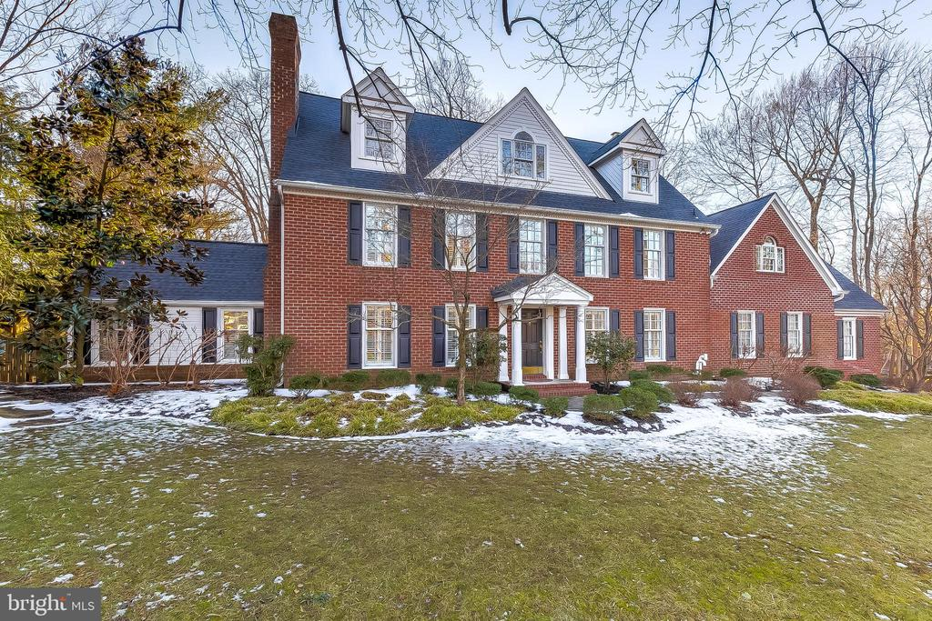 Tastefully appointed, this five-bedroom, six-full, one-half bath colonial in the coveted water-privileged community of Belleview Estates exudes traditional elegance. Updates can be seen throughout including a new roof ( 2021), new HVAC (2021) and a remodeled basement (2020). Boasting 4,500 square feet above grade and four-levels of living space this home has it all. Main level highlights include a large mudroom, sunroom, fireplaced formal dining room, well-appointed kitchen with granite countertops, stainless steel appliances and breakfast room which opens to the lovely living room with built-ins and luxury Mendota gas fireplace with custom-built mantle. The second floor hosts four bedrooms, all with ensuite baths, including the primary retreat, complete with an expansive walk-in custom closet. The third level features an additional living space with bright living room, sitting area, large bedroom and full bath. The finished lower level, exquisitely remodeled in 2020, includes an exercise room, and is ideal for recreation and relaxation. Perfectly sited on a private .72 acre lot, with a two-car garage, lush landscaping, irrigation system, and a covered porch overlooking the gunite pool, this is the ideal home for gracious living and entertaining. A desirable location, minutes from Annapolis and Route 50, with direct access to B&A trail via a private paved pathway from the community, Belleview Estates is a private, tranquil neighborhood with amenities that include a marina, playground, gazebo and beach on the the Severn River.