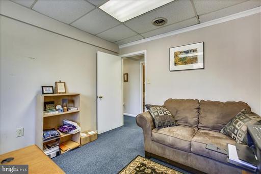 10500 Sager Ave #d & E Fairfax VA 22030