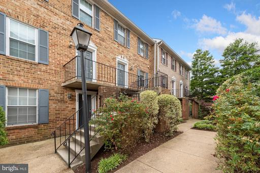 935 S Rolfe St #2