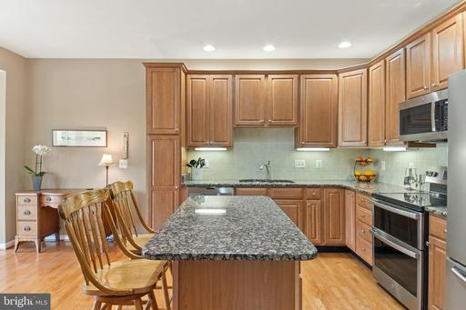 22615 Upperville Heights Sq Ashburn VA 20148